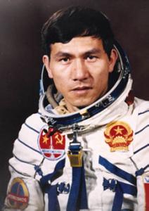Phạm Tuân, Azolla space pioneer