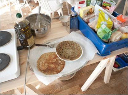 Azolla pancakes cooked by Erik Sjödin at Halikonlahti Green Art at Salo Art Museum in Finland